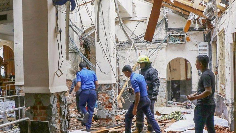 スリランカで爆発の瞬間 カトリック教会やホテル狙われ