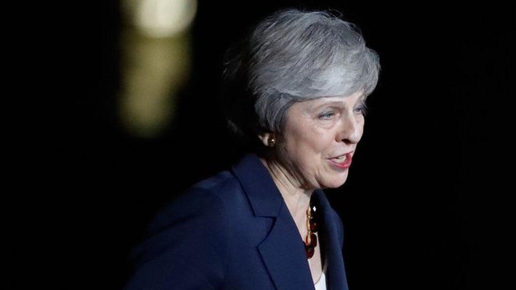 「連合王国にとって最善」 メイ首相、ブレグジット合意の閣議承認を発表