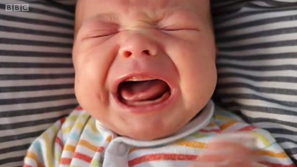 赤ちゃんを泣き止ませる方法に新研究 秒速2.5センチで……