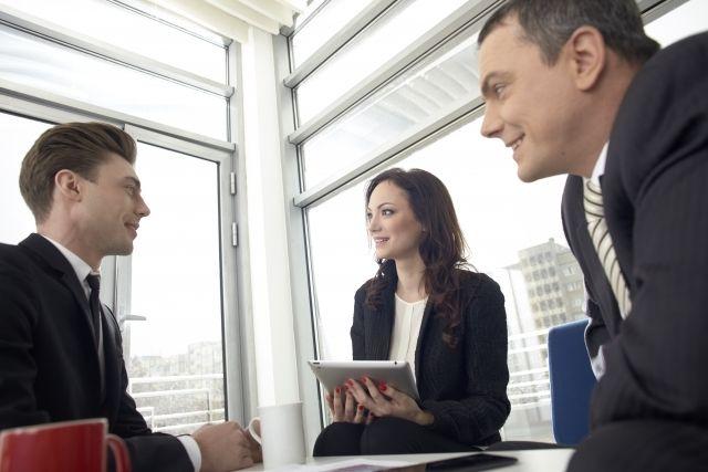 「会話力」向上の第一歩は聞き役に徹すること