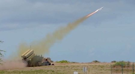 【多国籍海軍合同演習】陸自が地対艦ミサイルで米海軍戦車揚陸艦を撃沈 リムパックで YouTube動画>2本 ->画像>12枚