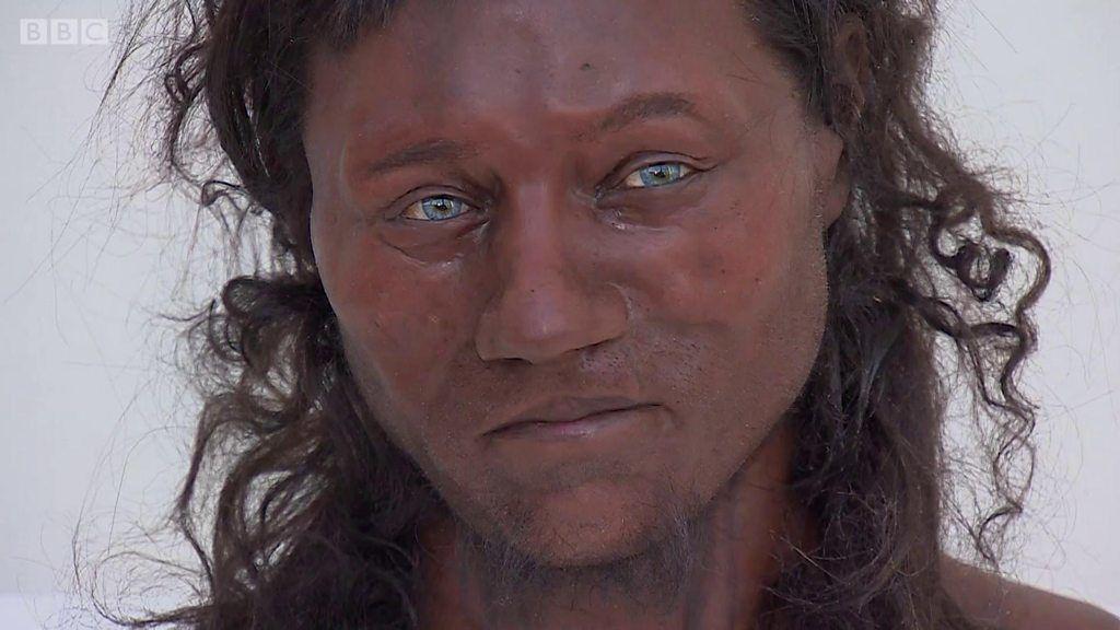 1万年前の英国人 肌は褐色、瞳は青