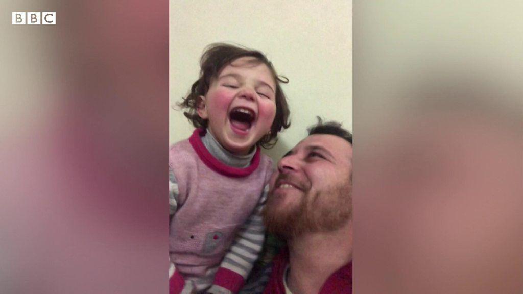 「爆弾が落ちたら笑おう」 シリア内戦下で娘を守る父