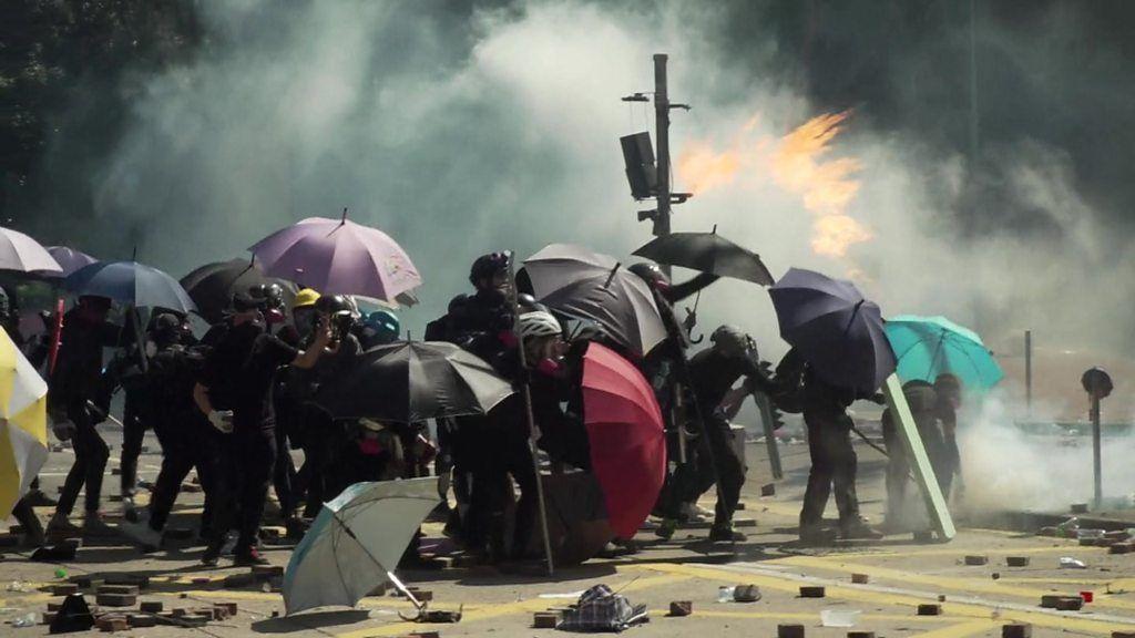 長期化する香港デモ、「集団的トラウマ」が未成年に与える影響とは