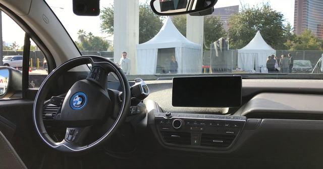 BMW i3 アーバンスイートの試乗体験動画(約1分40秒)