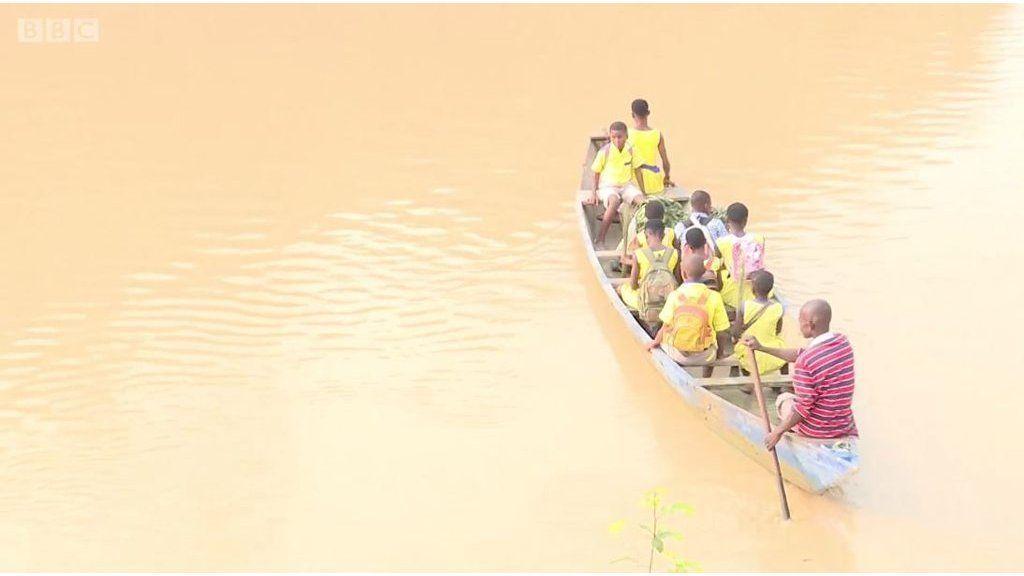 生理中と火曜日の女子は川を渡るべからず ガーナで学校に行けず