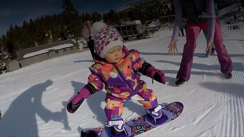 1歳のスノーボーダー 次なる挑戦は?