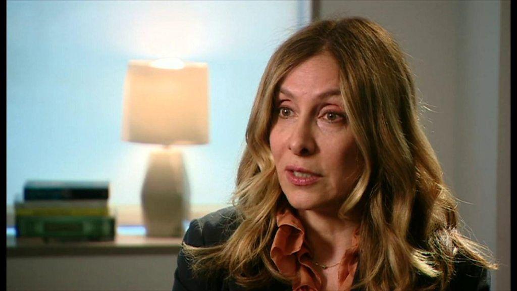 ゴーン被告の妻、「トランプ氏から安倍氏に話してほしい」 単独インタビュー