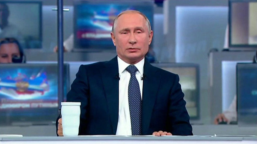 プーチン大統領恒例のテレビ対話、今年は閣僚らも参加