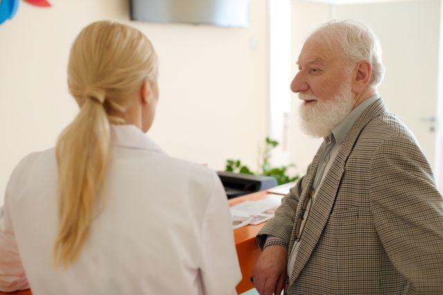 若者が喜んで聞く「年配の説教」はどこが違うのか?