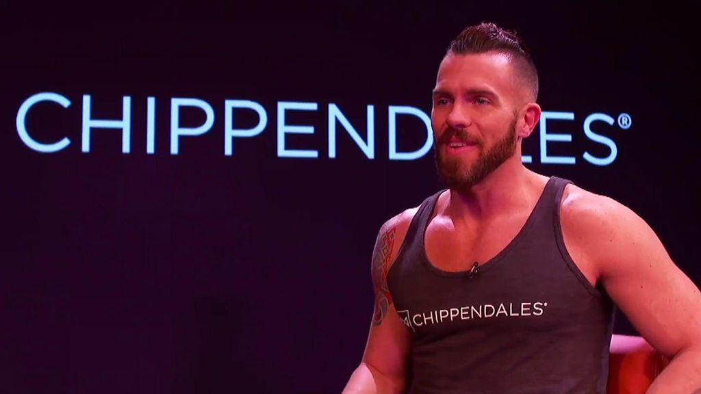 男性ストリップショーは女性が男性をモノ扱い? ダンサーに聞く