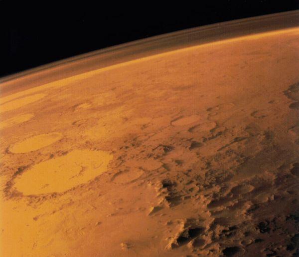 火星の土壌「レゴリス」でも作物は育てられるか?