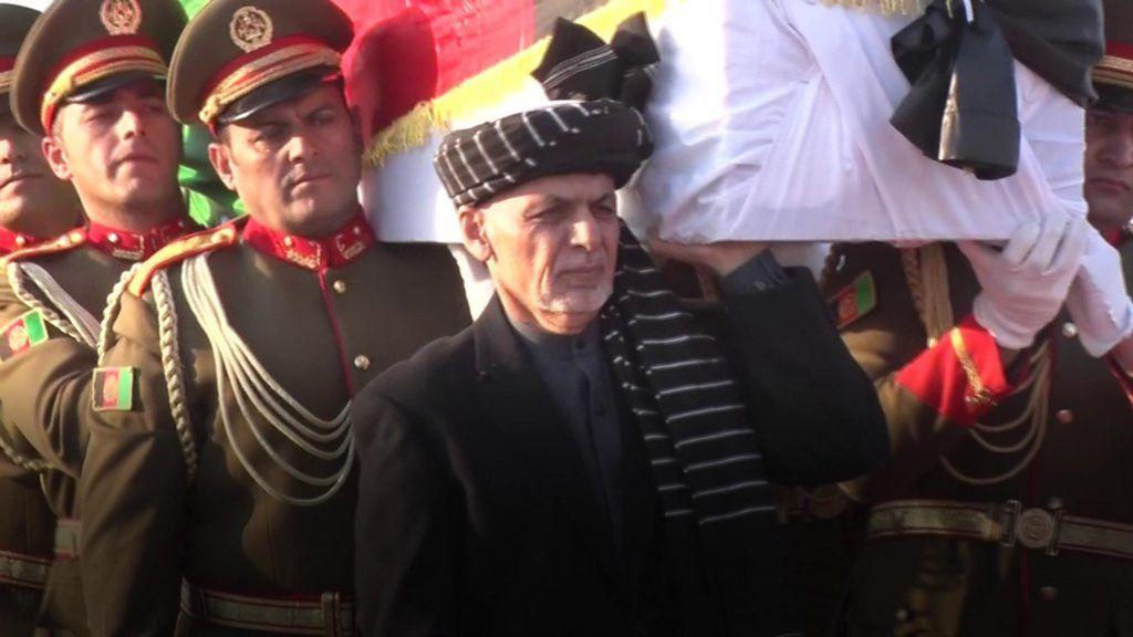 中村哲医師の遺体が帰国、アフガン大統領らに見送られ