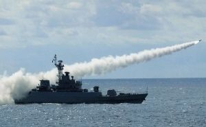 戦ったらかなわない日本艦を中国艦が自信満々でロックオンする理由