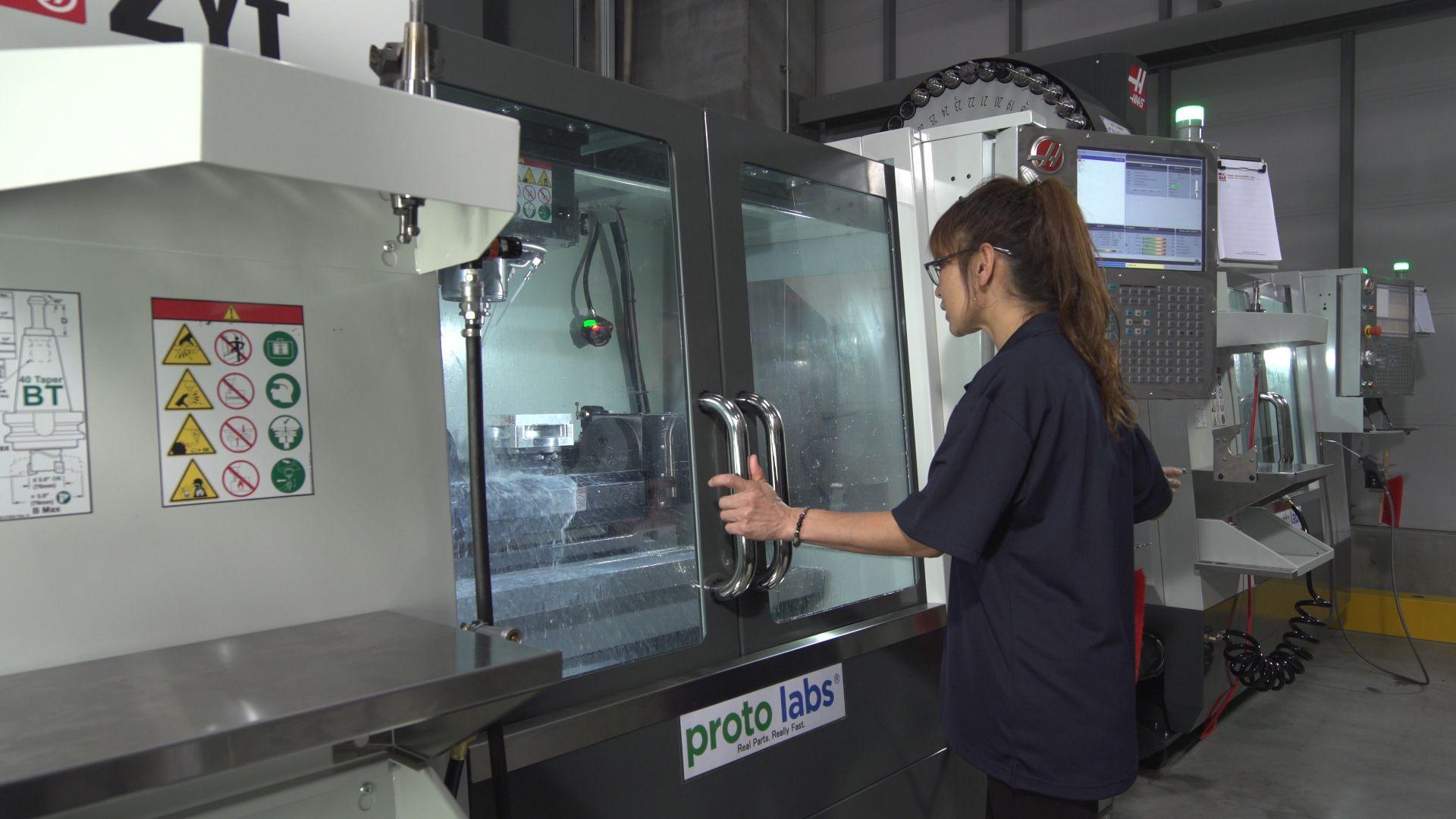 米国発の試作会社に日本のメーカーが押し寄せる理由