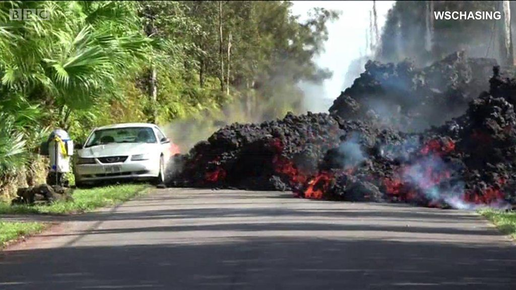噴火の続くキラウエア火山 道路や家屋に大きな被害